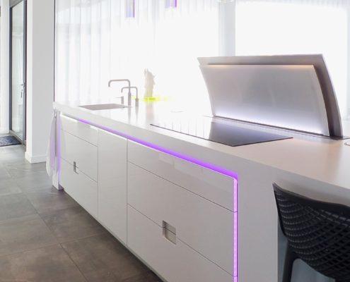 Corian keukeneiland met LED-verlichting