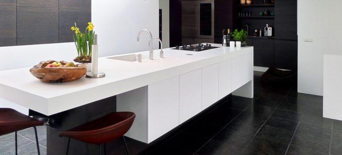 Werkblad keukenarchitectuur Midden Brabant Corian Glacier White
