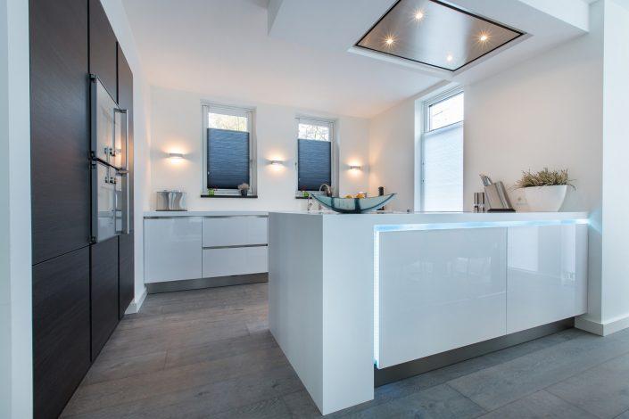 Aswa Keukens Corian LED blauw