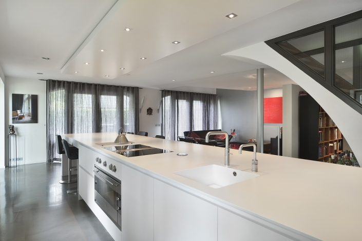 Keukenblad met overhangend gedeelte