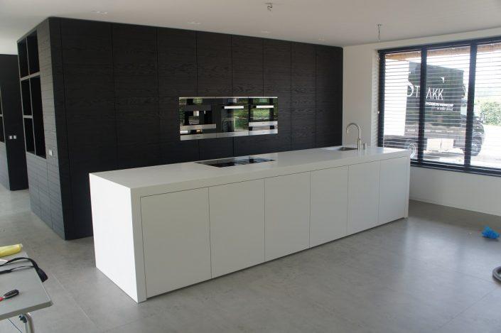 voorbeeld keuken stollenwand