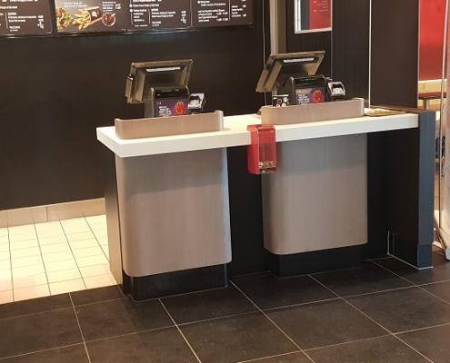 Bestellen - Afhalen counter Corian Cameo White McDonalds
