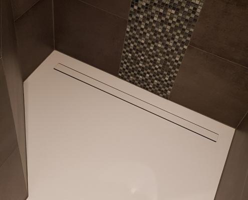 CORA Obliquo Shower - Solid Surface Douchevloer met drain en uitneembaar gootje