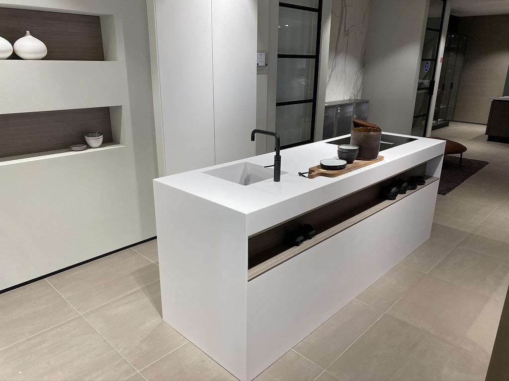 CORA Worktops - Corian Monoblock - ASWA Keukens - Buitenzijde
