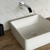 CORA - Solid Surface Opzetkom - Defiant Square Left 840x560