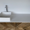 CORA - Solid Surface Opzetkom - Defiant Square meubel Robuustfront2