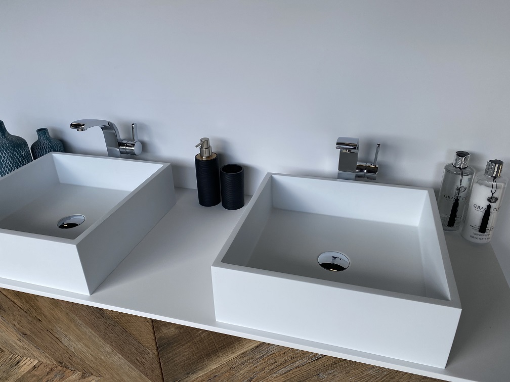 CORA - Solid Surface Opzetkom - Swift Square Meubel Robuust